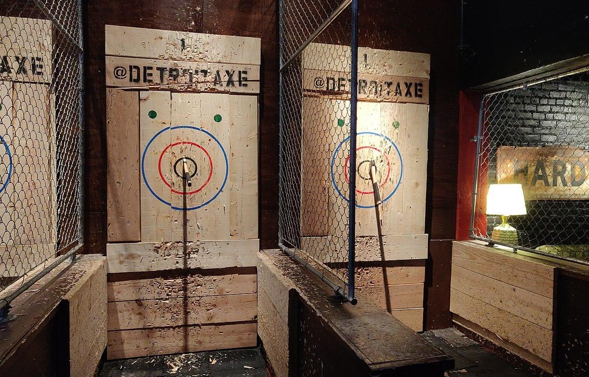axe throwing stalls